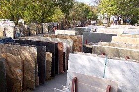 granite-slabs-ready-for-custom-counters